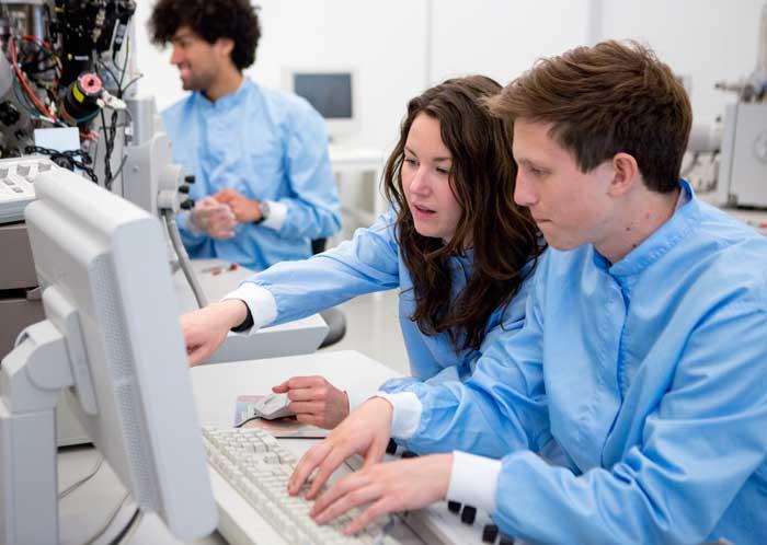 studenter-dator-700
